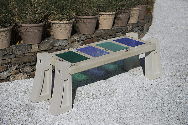 Medium Skylight Bench with Large Tiles