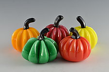 Bright Super Mini Pumpkins by Donald  Carlson (Art Glass Sculpture)