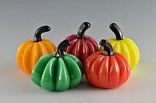 Bright Super Mini Pumpkins by Donald  Carlson (Art Glass Sculpture)