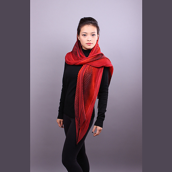 Shibori Shawl in Red and Black