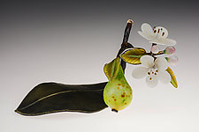Pear on Leaf by Loy Allen (Art Glass Sculpture)