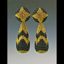 Beaded Victorian Earrings by Julie Long Gallegos (Beaded Earrings)