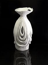 L'eclipse 4 by Monica Wakefield (Ceramic Sculpture)