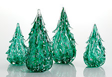 Snowy Evergreen Tree by Michael Richardson, Justin Tarducci and Tim Underwood (Art Glass Sculpture)