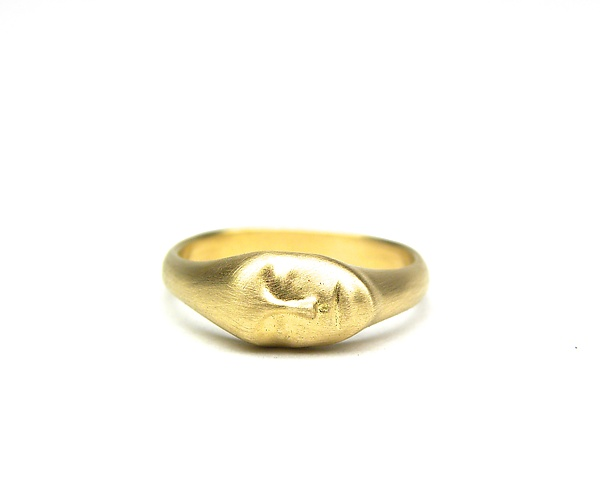 Medium Gold Lady Ring